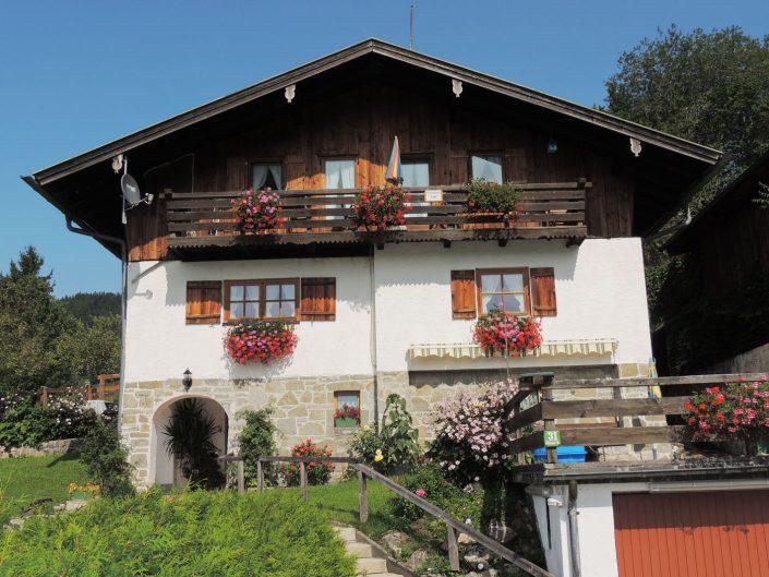 Willkommen in der Ferienwohnung Berghäusl in Oberau bei Berchtesgaden.